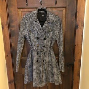 Express Trench Coat, Size S